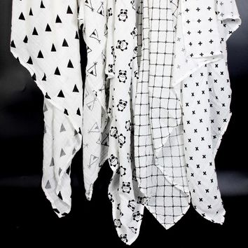 Ainaan Muslin Baby Swaddles Blankets Black & White Accessory