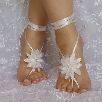 bridal anklet, ivory flower, Beach wedding barefoot sandals, bangle, wedding anklet, anklet, bridal, bellydance, gothic