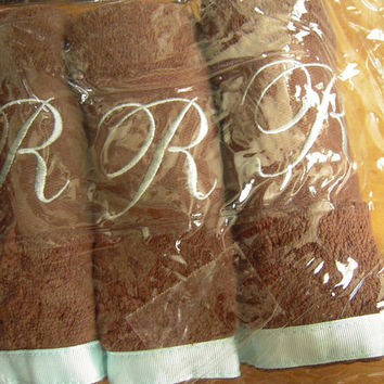 3 Chocolate brown and seafoam blue initial R washcloths, new unused, unisex facecloths,monogrammed facecloths,bath & beauty needs, letter R.