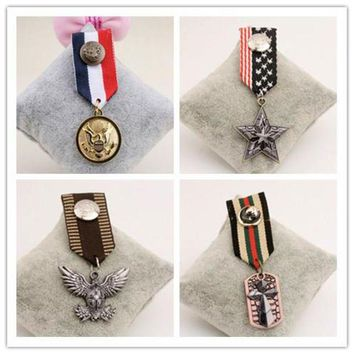 DCCKH6B B27 vintage retro jewelry men Handmade steampunk costume luxury blazer Jewelry 2016 Brooch badges Pins Broach For Women Lapel