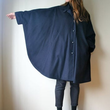 Vintage Wool Winter Coat // Ladies Navy Blue Fall Poncho Cape