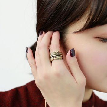Personality leaf spiral ring three sets