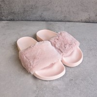 furry fuzzy slides - pink
