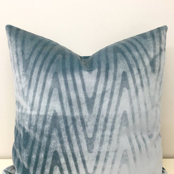 Blue Velvet Pillow Cover, Velvet Pillow, Blue Pillow, Velvet Cushion, Decorative Pillows, Throw Pillows, Blue Velvet Couch Pillow Covers