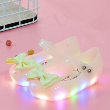 2017 Baby Girl Cute Jelly Sandel Led Light Up Mini Melissa Kid Princess Shoes Candy Color Bow Decor Toddler Girl Luminous Flats