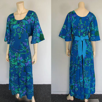 Vintage 70s Floral Caftan Maxi Dress 1970s Two Potato Kimono Hawaiian Boho Hippie Festival Gypsy Kaftan Luau Batik