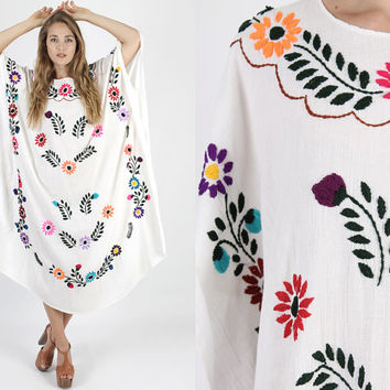 Vintage Mexican Dress Caftan White Dress Mexican Wedding Dress Maxi Dress Embroidered Dress Dress Boho Dress Hippie Floral Draped OS