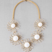 CEDAR FALLS DAISY NECKLACE