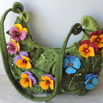 Wool felted purse with pansy flowers, Shoulder Bag, Wool Purse, Felted handbag