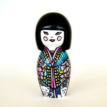 Japanese Princess Bank Kawaii Hand Painted Ceramic Kitten Rabbit Bunny Cat Pink Flowers Turquoise Blue Geisha Girl