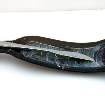 fused glass Curved  brown Wine Bottle Serving Tray,  Recycled glass  artworke (retro fise  pattern)