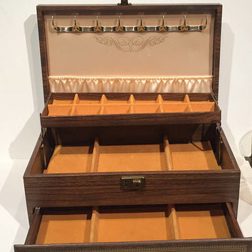 Vintage Faux Wood Jewelry Box, 3 Tier Jewelry Storage Box