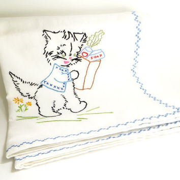 Vintage Cat Kitten Embroidered Flour Sack Towel, Kitty Decorative Linens, Kitchen Dish or Hand Towel