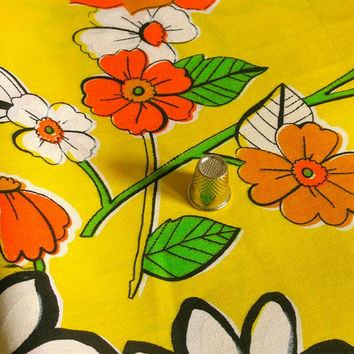 Vintage Fabric Yellow Cotton Blend Fabulous Floral Print 1 Yard
