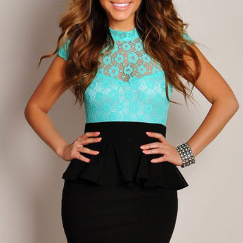 Sweetheart Neckline Floral Lace Overlay Mint Green Peplum Dress with Cut-out Back