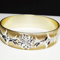 Aluminium Bangle Bracelet - Steel Cut Style Goldtone & Silvertone - 1970's - 1980's Retro Style - Sparkling Statement Vintage Jewelry