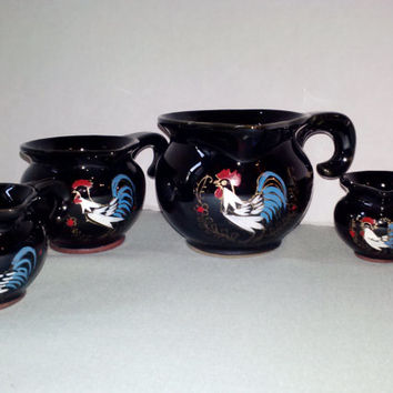 New Ceramic Measuring Cups Set 4 Black Glazed Redware Roosters Vintage Colorful Red White Blue Farm Country Kitchen Cookware Serving Utensil