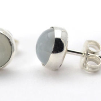 Moonstone Earrings in Sterling Silver, Silver Stud Earrings with 6mm Moonstone, Post Earrings in Moonstone and Silver