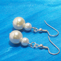 Yellow and White Glass Pearl Earrings