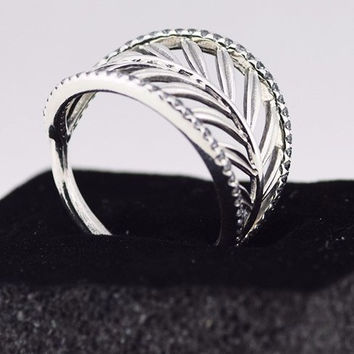 Palm Tree Design Sterling Silver Ring with Cubic Zirconia - Perfect for Palm Tree Lovers!