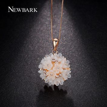 NEWBARK Lovely Flower Cluster Pendant Women Necklace Pink Rose Gold Color Acrylic Plastic And Crystal Jewelry Gifts For Girls