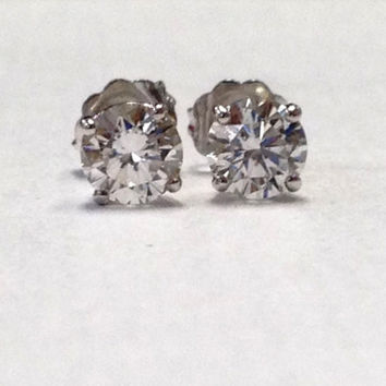 Ladies 14kt white gold Round Brilliant diamond stud earrings 0.75 ctw G-SI2 quality