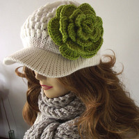 Crochet Newsboy Hat...White and Green...with detachable Crochet Flower...Winter Hat...Slouchy Hat...Handmade