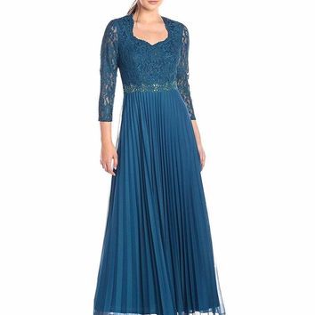 Decode 1.8 - 183778 Lace Embellished Accordion Pleats Long Dress