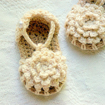 PDF Crochet Baby Shoe Pattern for Simply Summer Sandals Pattern number 101