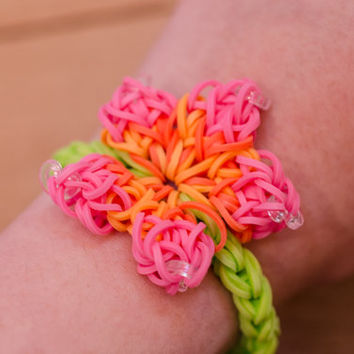 Tropical Hibiscus Rainbow Loom Bracelet