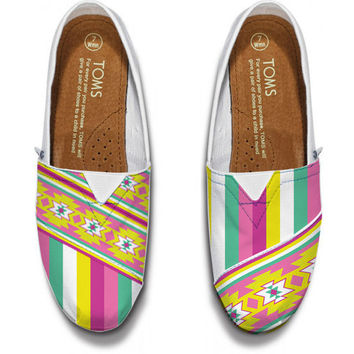 Aztec and Navajo Inspired TOMS Shoes Design