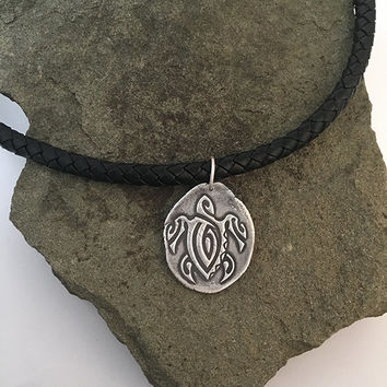 Handcrafted Unisex Tattoo Art Style Sea Turtle Pendant Necklace | Black Braided Leather Cord Necklace with Retro Silver Sea Turtle Pendant