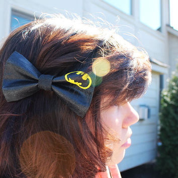 Batman Dark Knight Bow Hand Painted Canvas Bow Valve - Hair Clip - Hair accessory