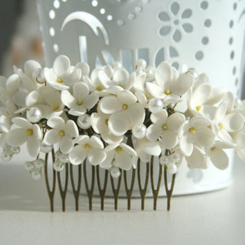 Bridal flower comb, Bridal hair comb, Wedding flower comb, Flower bridal comb, Bridal pearl comb, Decorative comb, lilac hair