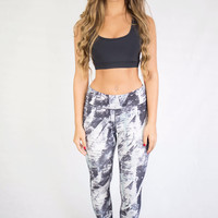 Break Free Black/White Abstract Print Leggings