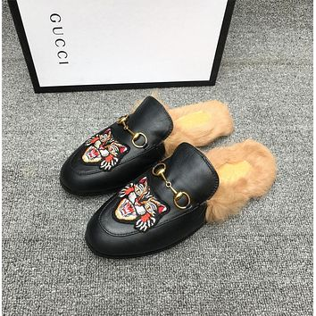 Gucci Fashionable hairy semi slippers-3
