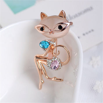 Super Elegant Noble Lady Cat Opal Crystal Brooch