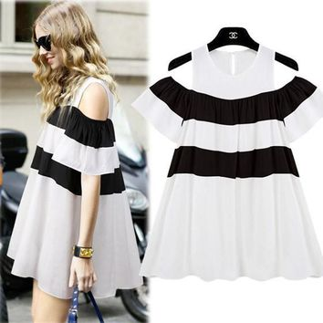 White-Black Patchwork Buttons Draped Round Neck Fashion Skater Mini Dress
