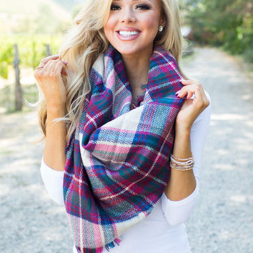 My Perfect Blanket Scarf Fuchsia/White