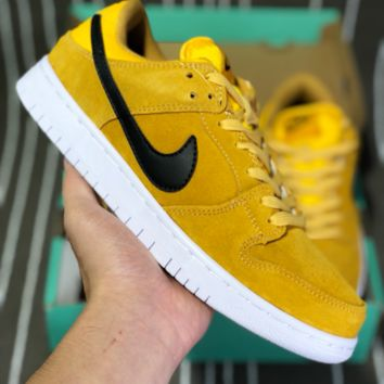 AUGUAU N588 Nike SB Dunk Low Leather Skate Shoes Yellow Black