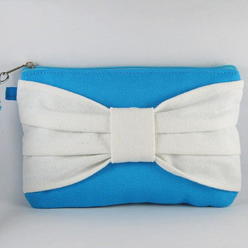 SUPER SALE - Turquoise with Ivory Bow Clutch - iPhone 5 Wallet,iPhone Wristlet,Cell Phone Wristlet,Cosmetic Bag,Zipper Pouch - Made To Order