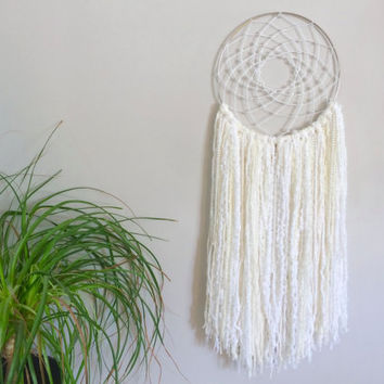 White Dream Catcher White Dreamcatcher Wedding Dream Catcher Wedding Dreamcatcher Cream Dream Catcher Girls Room Decor Baby Girl Nursery
