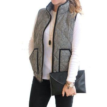 Spring Autumn Women Female Warm Vest Cotton Stylish Factory Excursion Quilted Puffer Herringbone Vest Linen color with Zipper