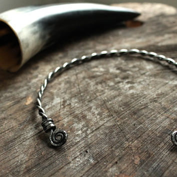 Custom viking  toque • Torque necklace • Celtic toque  • Nordic jewlery • Shieldmaiden necklace • Viking necklace • Celtic necklace
