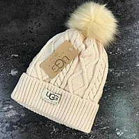 UGG Winter Classic Fashionable Couple Warm Knit Velvet Hat Cap Apricot
