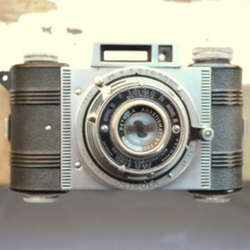 Detrola (Vintage Camera) Stretched Canvas by RichCaspian | Society6