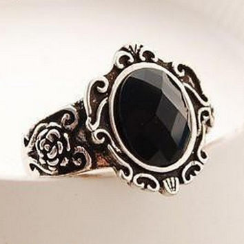 Vintage Black Stone Rings For Women (R232)