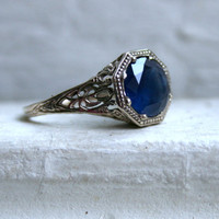 Stunning Vintage 14K White Gold Sapphire Engagement Ring - 3.00ct.