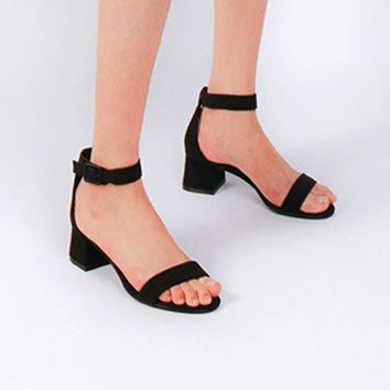 New one-button vintage shoes for women with fashionable open-toe platform sandals