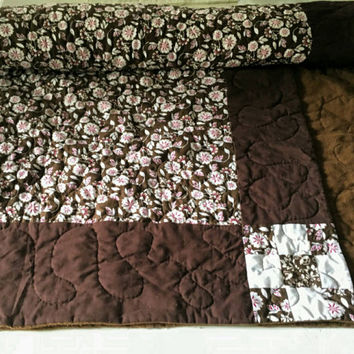 Handmade quilt , quillow, lap quilt, crib bedding, quilted pillow, Lap Quilt, throw quilt, patchwork quilt, homemade quilt, baby quilt